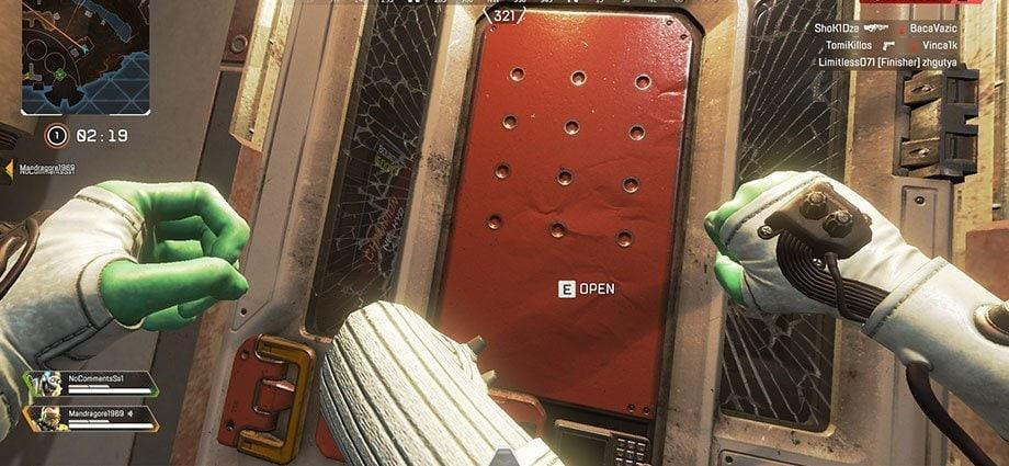 apex Kicking doors