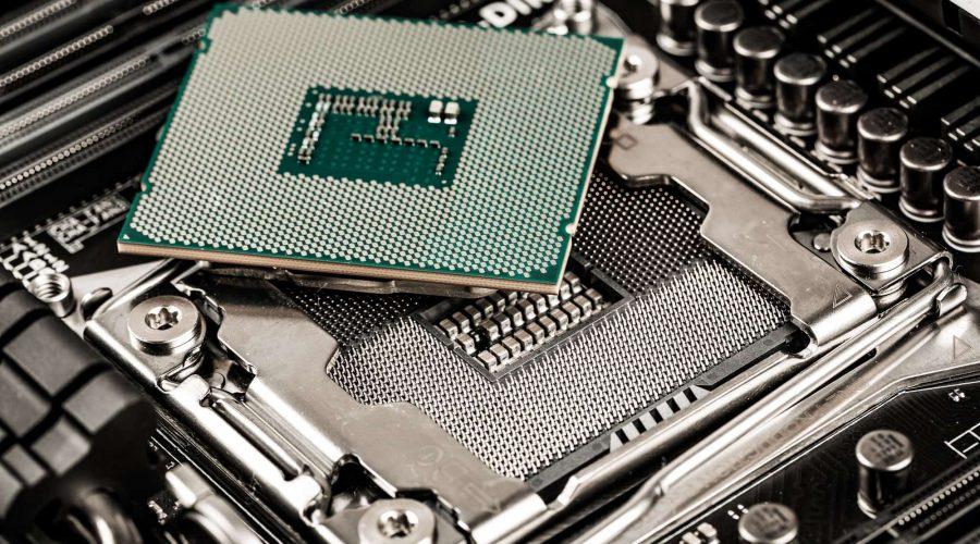 Intel i7 9700K processor and motherboard